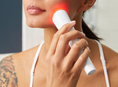 Best handheld led light therapy device