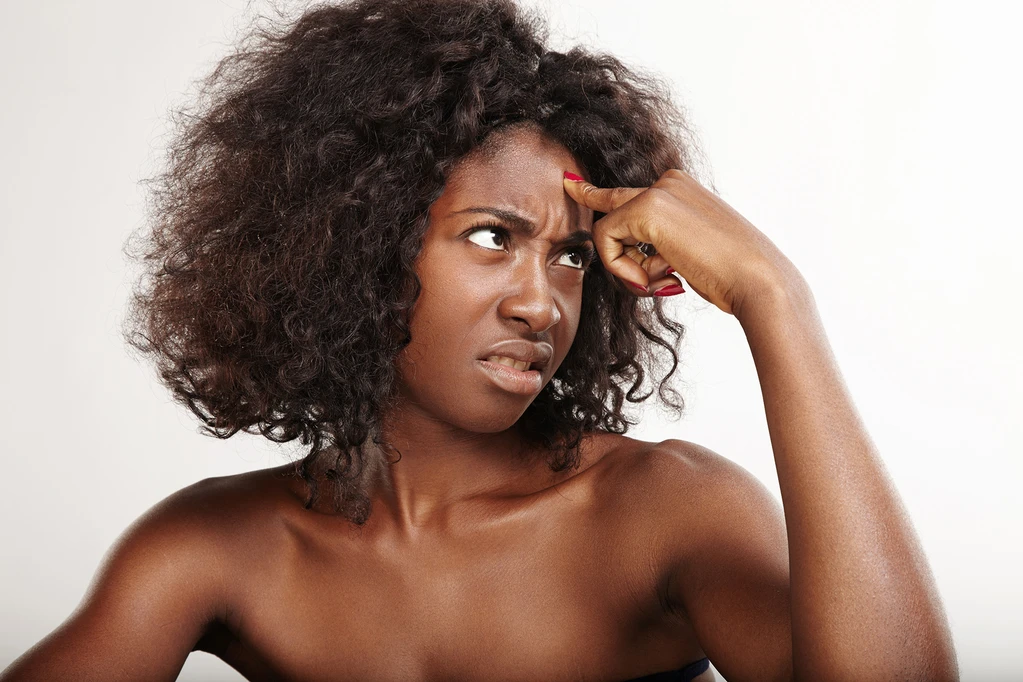 Causes of acne on the hairline